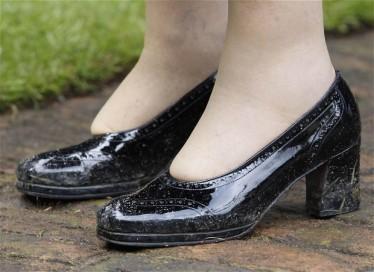 queens shoes.jpg
